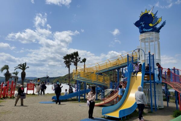 新居緑地公園|土佐市の海沿いにある公園。年代別に楽しめます
