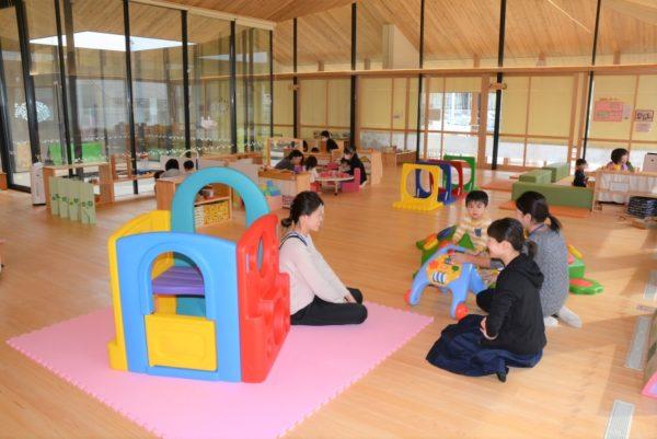 香南市総合子育て支援センター「にこなん」