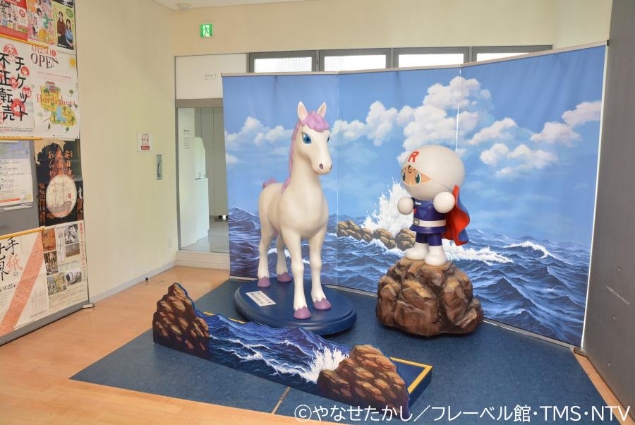 授乳室はロールパンナの人形の左奥にあります