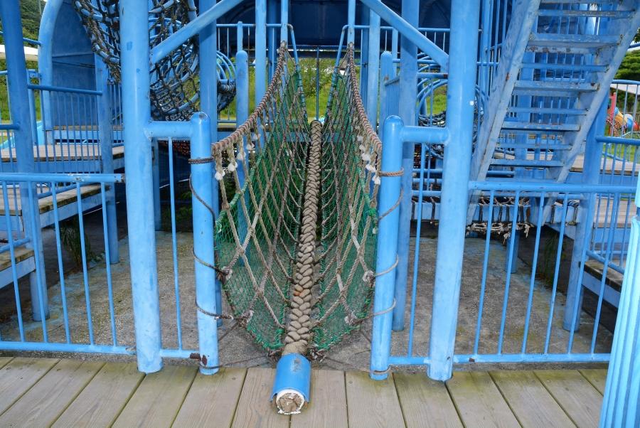 ロープの橋
