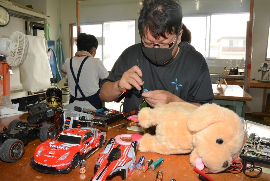 おもちゃを治療します|高知おもちゃ病院安芸診療所の診察(修理)日