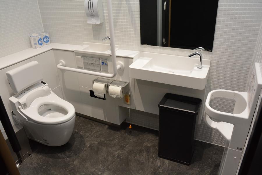 多目的トイレもあります