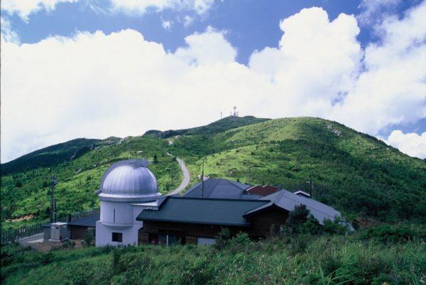 梶ケ森の自然を満喫しよう|大豊町で「梶ケ森エコトレッキング&星空観察会2020」