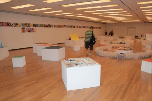 廃材が生まれ変わります 高知県立美術館で「マテリアル・ミュージアム」