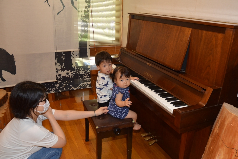 ピアノも弾けますよ