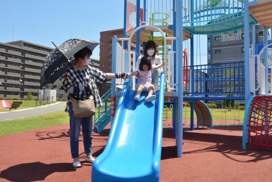 6月にオープンした人気の弥右衛門公園。「駐車場のあるきれいな公園」を望む声も多く寄せられました