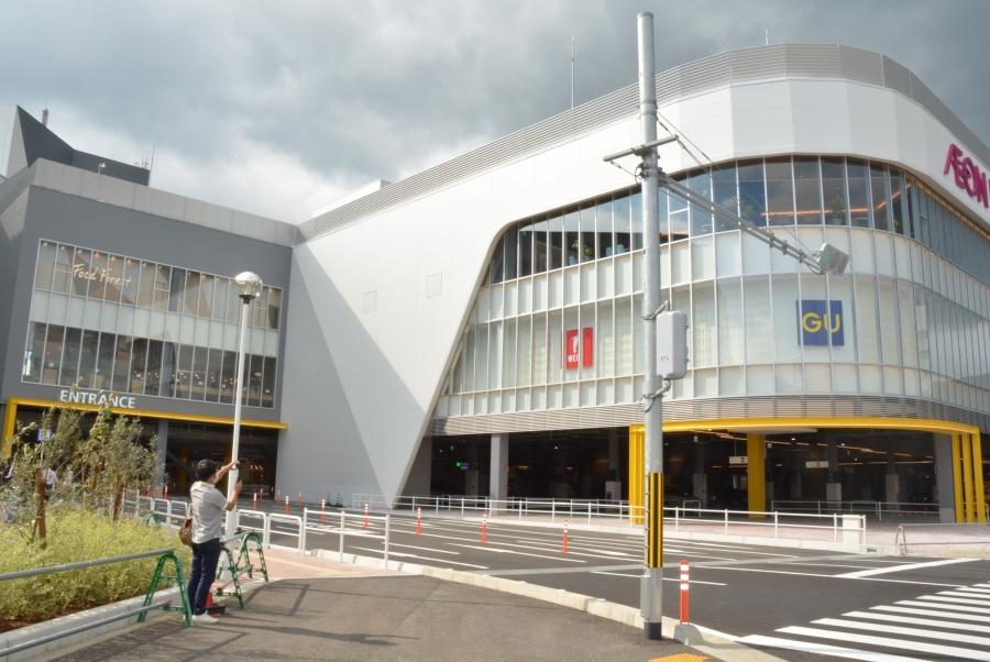新しい東館。高知赤十字病院側の駐車場に建ちました