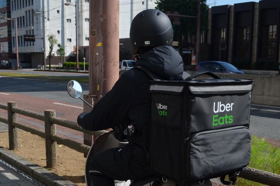 ついに高知市でスタート!話題の食事配達サービス「Uber Eats(ウーバーイーツ)」を使ってみた
