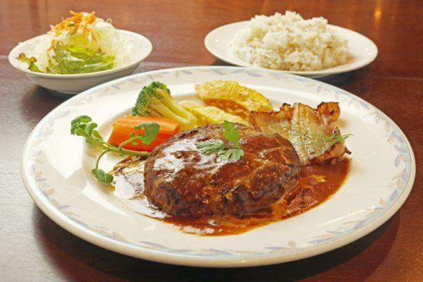 【親子deイート】西山珈琲館(高知市)|本場スープカレーが味わえます