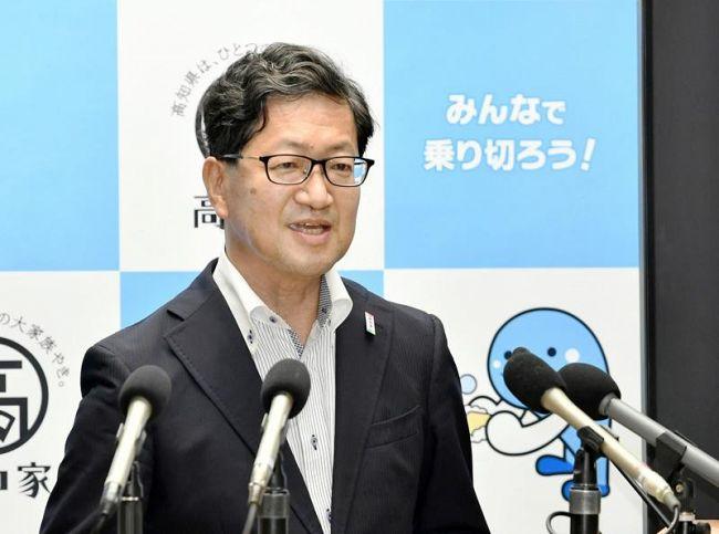 高知県民に感染防止策の徹底を呼び掛ける浜田知事(県庁)