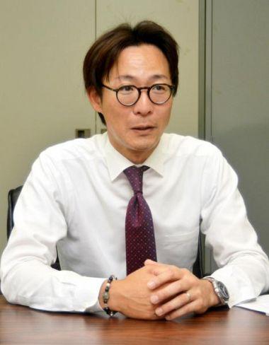 「いろんな人と出会い、勉強しながら財団の活動をしている」と話す大塚芳紘さん(高知市朝倉戊の県ボランティア・NPOセンター)