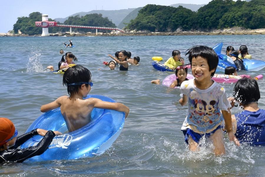 夏だ!海だ!2021年に利用できる高知県内5カ所の海水浴場を紹介します!