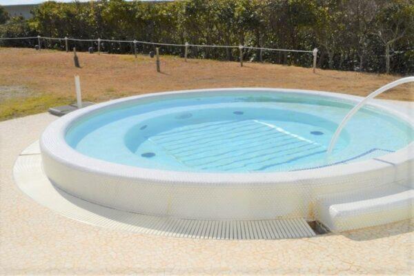 室戸市の「シレストむろと」で「夏休みこどもの日」|プールや入浴が無料!お菓子のつかみ取りもあります