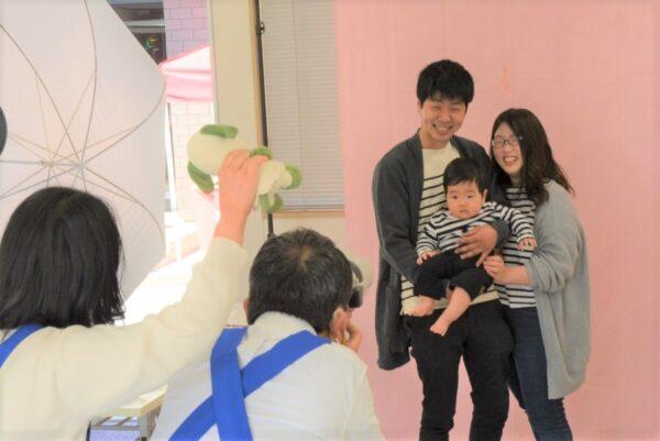 【締め切りました】2021年度赤ちゃん会 秋の「記念新聞撮影会」参加者募集
