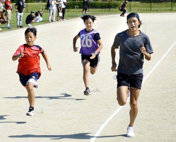 東京五輪マラソン6位・大迫傑さんが陸上教室を開きました|週間高知の子どもニュース(2021年9月25~10月1日)